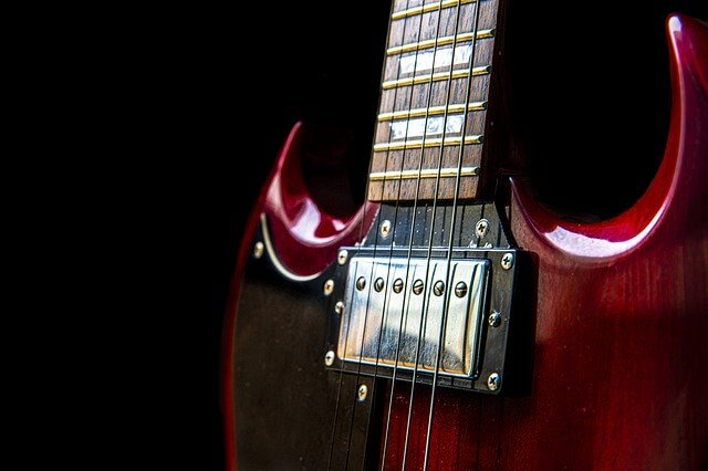 Tonabnehmer einer E-Gitarre